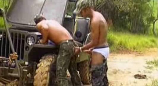 Completo Brasil: Festival de fodas no exército brasileiro