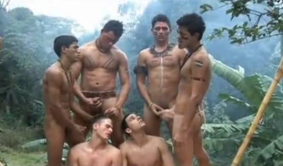 [Gay BR] Reféns em suruba com os índios na floresta Amazônia