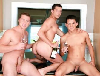 Connor Maguire, Josh Villa e Drake Tyler trepando