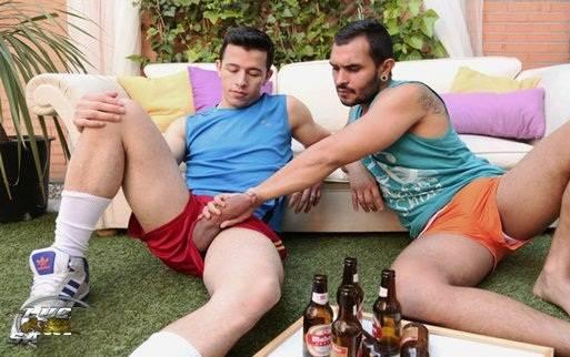 putas em gay hunks