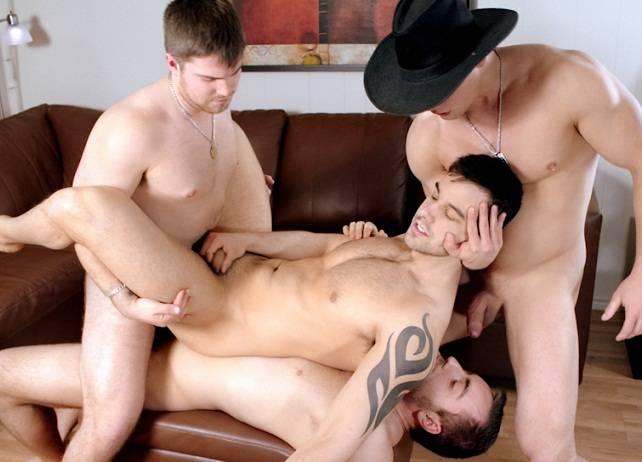 suruba gay gangbang