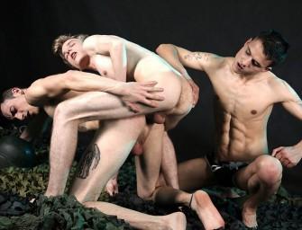 Garotos novinhos em sexo hardcore sem camisinha
