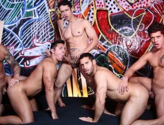 Boys são sequestrados para participarem de threesome gostoso