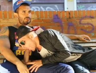 Miguel paga boquete para Lucio em praça pública