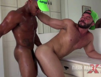 Carlos, brazuca socando a vara em putão safado