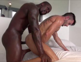 Andy dando o cu pra deficiente físico dotadão