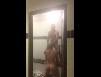 Bapho!!! Machos são flagrados de pegação safada na sauna