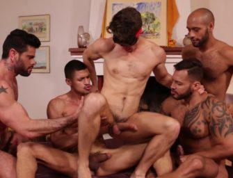 Devin Franco no centro de uma orgia intensa, gostosa e deliciosa