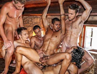 Ibrahim Moreno e a capacidade de dominar vários homens na orgia