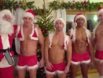 Ajudantes do Papai Noel estão com um tesão daqueles na noite de Natal