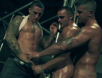 Três homens maravilhosos numa cena bem produzida….e assustadora?