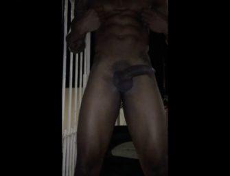 Lucas Scudellari surpreende batendo uma no portão de casa