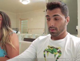 Safado deu para o namorado gostosão da melhor amiga na casa dela