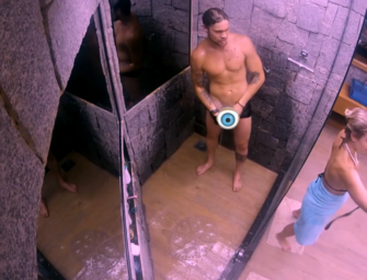 Breno do BBB18 resolve depilar a neca e mostra demais