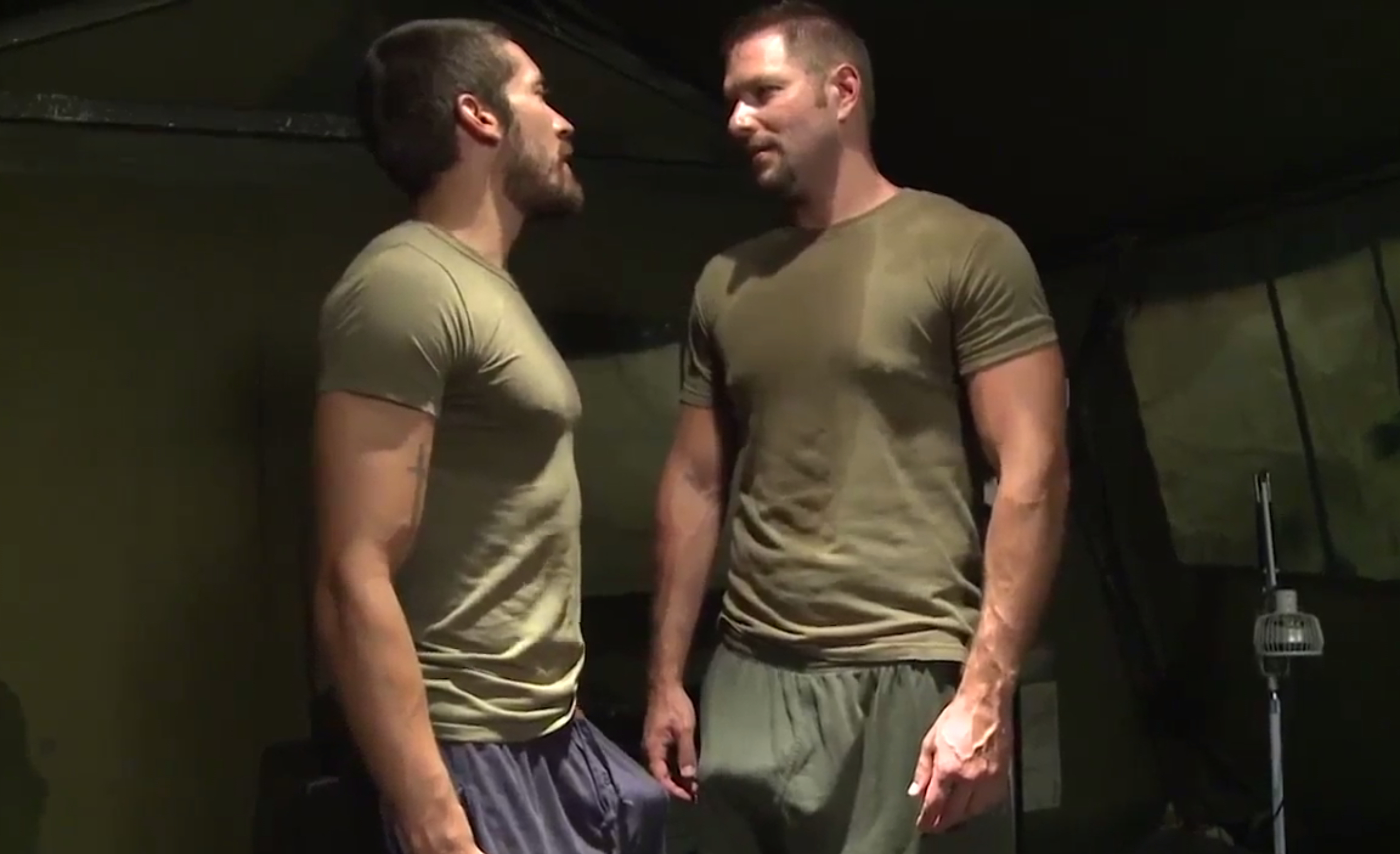 Militares, Maduros, Safadeza, Pornô Gay