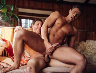 Dois machos deliciosos fazem sexo animal maravilhoso para você gozar