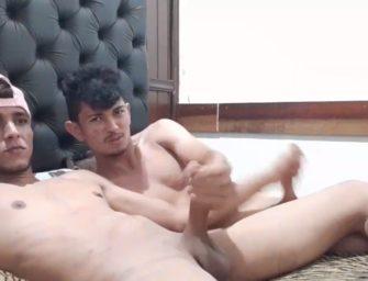 Veltin, parça do Flakael, em mão amiga com o Lucas na webcam