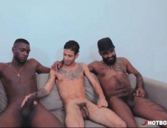 Brasileiro sortudo foi esfolado por pretos dotados na chapa