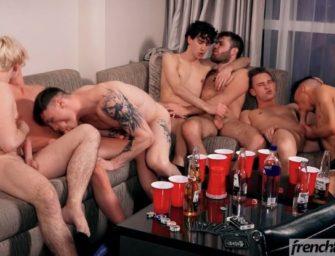 Depois da festa a suruba come solta e amigos fazem swing safado